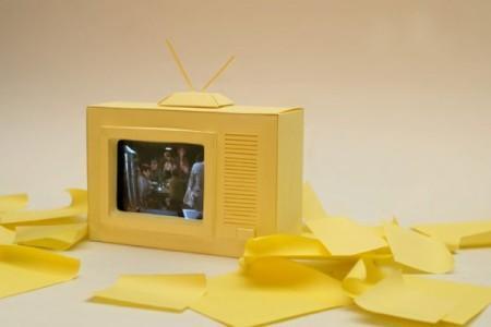 телевизор из бумаги