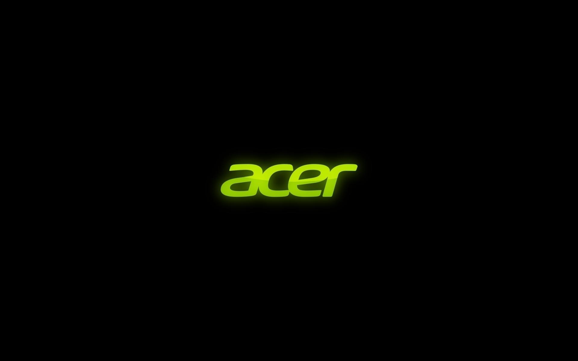 Acer на черном фоне (1920х1200)