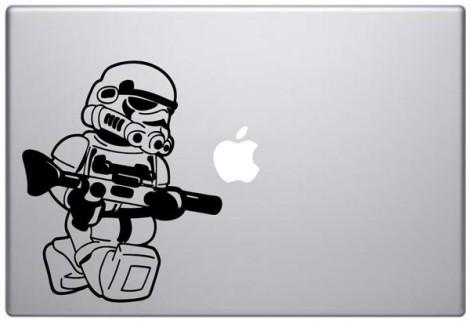 Наклейка на Macbook