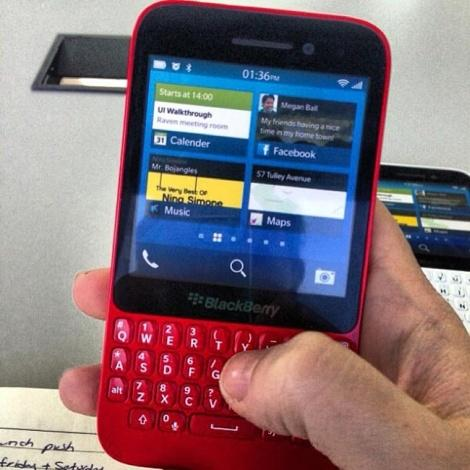 BlackBerry R10 QWERTY