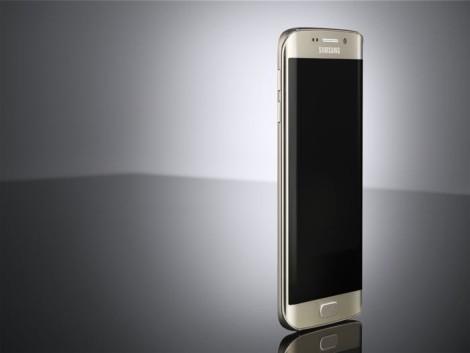 Samsung Galaxy S6 Edge фото