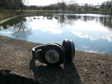 JBL Synchros E50BT фотографии