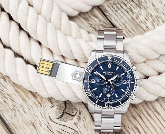 Victorinox умные часы