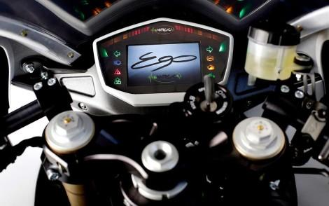 2015-energica-ego-electric-superbike-12@2x
