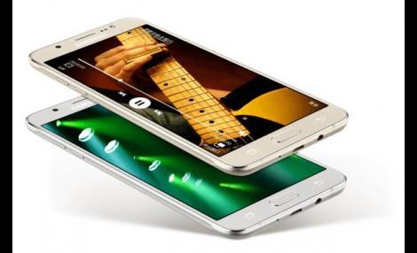 Компания Samsung продолжает выпускать в большом количестве смартфоны среднего уровня. Стало известно о выходе обновленных моделей известных аппаратов Galaxy